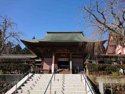 観音教寺の本殿