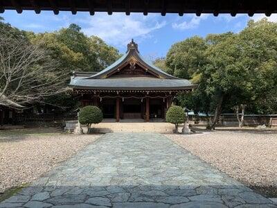 竈山神社の本殿