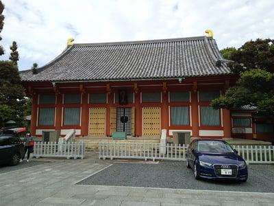 宝仙寺の本殿