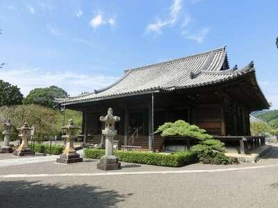 道成寺の本殿