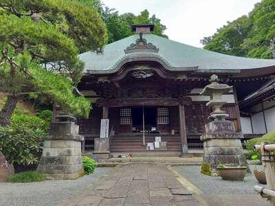 等覚院の本殿