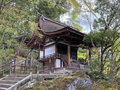 石山寺の本殿