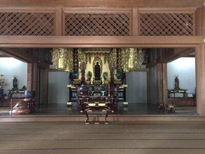 伝通院の本殿