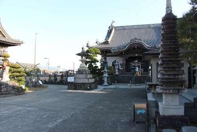 井戸寺の建物その他